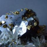 Galena, Cuarzo, Calcopirita Mina Gyudyurska, Zlatograd, Smolyan, Bulgaria 6 x 6 cm.  Detalle (Autor: javier ruiz martin)