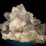 Dolomita Cantera Azcárate, Eugui, Esteríbar, Navarra, España  Cristales hasta 5cm de arista. (Autor: Raul Vancouver)