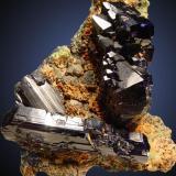 Azurita Puit IX, Touissit, Marruecos 6x6cm, cristales hasta 4cm (Autor: Raul Vancouver)
