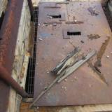 Iron plate over an iron grate, for your safety. Don't ask me how I could tell, but it was deep! (Author: vic rzonca)