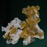 Barite, Quartz Pöhla-Tellerhäuser Mine, Pöhla, Erzgebirge, Saxony, Germany 7.0 x 6.0 x 7.3 cm (Author: am mizunaka)