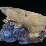 Calcite, Fluorite Hardin Co., Illinois, USA 6.7 x 4.1 x 4.0 cm (Author: am mizunaka)