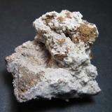 Philipsita Sardina del Norte, Gran Canaria, Islas Canarias, España 5 x 4'5 cm. Costra de philipsita botrioidal sobre lava volcánica. (Autor: prcantos)