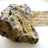 Topaz var. pyknite, zinnwaldite, quartz Altenberg, Erzgebirge, Saxony, Germany 9 x 7,5 cm (Author: Andreas Gerstenberg)