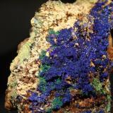 Azurita y malaquitaMina Teresita o mina del Aramo, Poblado de Rioseco, Riosa, Asturias, España9,5 x 7,5 cm. (Autor: minero1968)