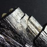 Ferberita, Moscovita y Siderita Minas da Panasqueira, Aldeia de São Francisco de Assis, Covilhã, Castelo Branco, Cova da Beira, Centro, Portugal  7 x 6 cm.  Detalle (Autor: javier ruiz martin)