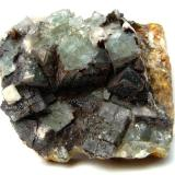 Fluorite, hematite Ilse Mine, Kaltbrunn, Schenkenzell, Black Forest, Baden-Württemberg, Germany 7,5 cm (Author: Tobi)