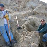Ken Roberts and vintner Brett Keller in a lighter moment of digging quartz crystals on Petersen Mountain. (Author: Tony L. Potucek)