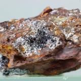 Alumohidrocalcita<br />Bruguers, Gavà, Comarca Baix Llobregat, Barcelona, Catalunya, España<br />35x33x20 mm<br /> (Autor: Juan Espino)