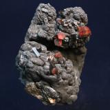 Vanadinite, Manganese Oxides Taouz, Er Rachidia, Meknès-Tafilalet, Morocco 9 x 7.5 x 7 cm (Author: Don Lum)
