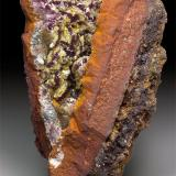 Adamite with manganoan Adamite Ojuela Mine, Mapimí, Municipio de Mapimí, Durango, Mexico 6.4 x 3.8 x 3.2 cm (Author: xdxucn)