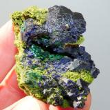 Azurite, malachite and duftite. Tsumeb, Namibia 59 x 38 x 33 mm (Author: Pierre Joubert)