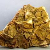 Dolomita (variedad ferrífera)<br />Sotiel Coronada, Calañas, Huelva, Andalucía, España<br />123x94x60 mm<br /> (Autor: Juan Espino)