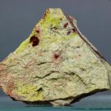 Weeksita<br />Anderson Point, Montes Klamath, Shasta County, California, USA<br />22x22 mm<br /> (Autor: Juan Espino)