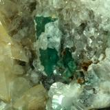 Beryl (variety emerald), Calcite, Quartz<br />Peñas Blancas Mine, Municipio San Pablo de Borbur, Western Emerald Belt, Boyacá Department, Colombia<br />80x90x35mm<br /> (Author: Fiebre Verde)