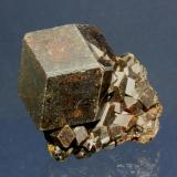 Andradite (Garnet Group)<br />Djouga diggings, Bendougou village, Commune Diakon, Arrondissement Diakon, Bafoulabé Circle, Kayes Region, Mali<br />3.9 x3.2 cm<br /> (Author: Don Lum)