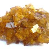 Fluorite (two generations)<br />Marienschacht Mine, Wölsendorf, Schwarzach bei Nabburg, Wölsendorf West District, Upper Palatinate/Oberpfalz, Bavaria/Bayern, Germany<br />Specimen size 7 cm<br /> (Author: Tobi)