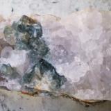 Fluorita<br />Mina Rosita, Colmenar del Arroyo, Comarca Sierra Oeste de Madrid, Madrid, Comunidad de Madrid, España<br />8,5 x 4 x 3,5 cm<br /> (Autor: Juancho)