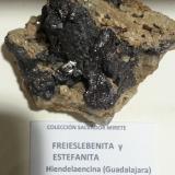 Freieslebenita y estefanita<br />Hiendelaencina, Comarca Serranía de Guadalajara, Guadalajara, Castilla-La Mancha, España<br />6x6 cm<br /> (Autor: andresdf)