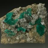 Beryl (variety emerald), Calcite, Pyrite<br />Chivor mining district, Municipio Chivor, Eastern Emerald Belt, Boyacá Department, Colombia<br />42x48x20mm<br /> (Author: Fiebre Verde)