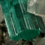 Beryl (variety emerald), Calcite, Pyrite, Dolomite<br />Chivor mining district, Municipio Chivor, Eastern Emerald Belt, Boyacá Department, Colombia<br />98x70x38mm, xl=31mm<br /> (Author: Fiebre Verde)