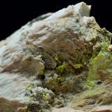 Uranocircita sobre Ortoclasa.<br />Mina Diéresis, Puerto del Cabril, Hornachuelos, Comarca Valle Medio del Guadalquivir, Córdoba, Andalucía, España<br />5 x 4 cm<br /> (Autor: Antonio Carmona)