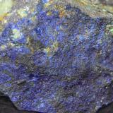 Azurita<br />Mines de Can Montsant, Can Montsant (Massís del Montnegre), Hortsavinyà, Tordera, Maresme, Barcelona, Catalunya, España<br />4 x 3 x 2 cm<br /> (Autor: karbu8)