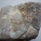 Muestra 1, cara A, cristalización de cuarzo y feldespato O´Grove. Pontevedra. España. Ancho de imagen 10 cm. (Autor: María Jesús M.)