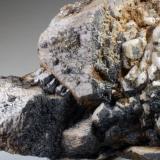 Feldespato & Cuarzo Massís del Montseny - Catalunya - España 70 x 56 x 18 mm Colección y Fotografía de Joan Martinez Bruguera (Autor: Joan Martinez Bruguera)