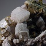 Calcita & Fluorita Mines de Sant Marçal - Montseny - Viladrau - Osona - Girona - Catalunya - España 50 x 35 x 23 mm Colección y Fotografía de Joan Martinez Bruguera (Autor: Joan Martinez Bruguera)