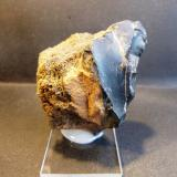 Obsidiana y pumita Teide, Tenerife, Islas Canarias, España 5 x 6 x 4 cm Esta pieza es antigua, pues tiene nada menos que 38 años (Autor: Felipe Abolafia)