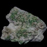 Vesuvianite, DiopsideMina Jeffrey, Asbestos, Les Sources RCM, Estrie, Québec, Canadá8.5 x 7.2 cm (Author: am mizunaka)