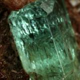 Beryl (variety emerald), Calcite, Pyrite<br />Chivor mining district, Buena Vista Mine, Municipio Ubalá, Eastern Emerald Belt, Cundinamarca Department, Colombia<br />30x12x42mm, main xl=13x5mm<br /> (Author: Fiebre Verde)