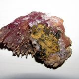 Calcita (variedad calcita cobaltífera).<br />Mina Solita, Peramea, Baix Pallars, Comarca Pallars Sobirà, Lleida / Lérida, Catalunya, España<br />5''4 x 3''5 cm.<br /> (Autor: phrancko)