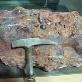 Hematites<br />Mina Santa Rosa, Barranco del Judío, Tierga, Comarca del Aranda, Zaragoza, Aragón, España<br />600x400x300 mm<br /> (Autor: Manuel Baquero)