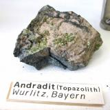 AndraditeCantera Heß, Complejo metamórfico Münchberg, Wurlitz, Oberkotzau, Hof, Oberfranken, Baviera/Bayern, AlemaniaApprox. 8-10 cm (Author: Tobi)