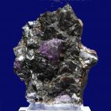 Esfalerita y Fluorita<br />Mina Elmwood, Carthage, Distrito Central Tennessee Ba-F-Pb-Zn, Condado Smith, Tennessee, USA<br />10 x 7 x 6 cm<br /> (Autor: Ricardo Fimia)