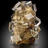 FluoriteMina Nikolaevski, Dalnegorsk, Distrito minero Kavalerovo, Primorskiy Kray, Extremo Oriente ruso, Rusia7,5x7,5x13,0cm (Author: MIM Museum)