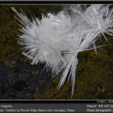 Aragonite<br />Coubon, Le Puy-en-Velay, Haute-Loire, Auvergne-Rhône-Alpes, France<br />fov 10 mm<br /> (Author: ploum)