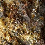 Natrojarosita<br />Socavón Santa Bárbara (Túnel El Arteal), Sierra Almagrera, Cuevas del Almanzora, Comarca Levante Almeriense, Almería, Andalucía, España<br />Encuadre 13 mm.<br /> (Autor: Rafael Galiana)