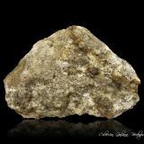 Prismatina<br />Afloramiento Granulite, Waldheim, Döbeln, Leipzig, Sajonia/Sachsen, Alemania<br />97 x 70 x 35 mm.<br /> (Autor: Rafael Galiana)