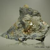 Johannsenita<br />Mina Borieva, Zona minera Madan, Montes Rhodope, Smolyan Oblast, Bulgaria<br />92 x 81 x 45 mm.<br /> (Autor: Rafael Galiana)