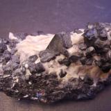 Franklinita<br />Sterling Hill, Ogdensburg, Distrito minero Franklin, Condado Sussex, New Jersey, USA<br />6,5 x 4 x 3,5 cm<br /> (Autor: Antonio Alcaide)