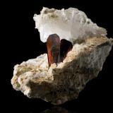 Brookite on QuartzThurdook (Thurdok), Monte Zard, Montes Ras Koh, Kharan, Distrito Kharan, Balochistan (Baluchistan), Paquistán9,5x6,0x7,0cm (Author: MIM Museum)