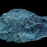 Beryl (variety aquamarine)<br />Pedra Azul (Fortaleza), Jequitinhonha, Minas Gerais, Brazil<br />6.1 x 3.1 cm<br /> (Author: am mizunaka)